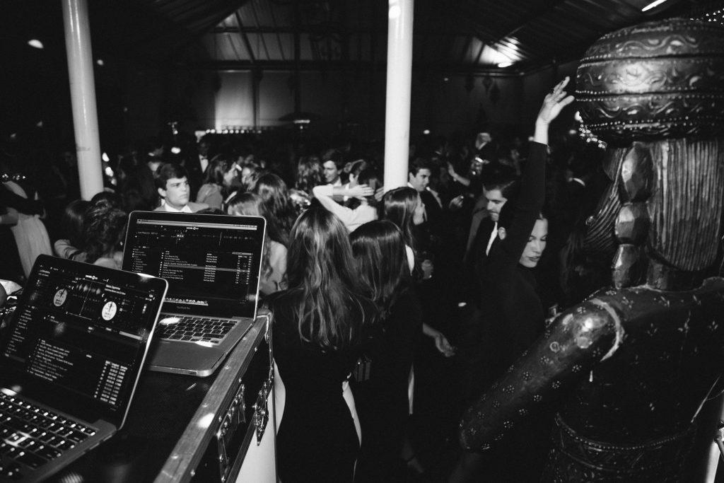 Mejor DJ para Bodas en Sevilla. Juan Rojas. StaffSound Audiovisuales.