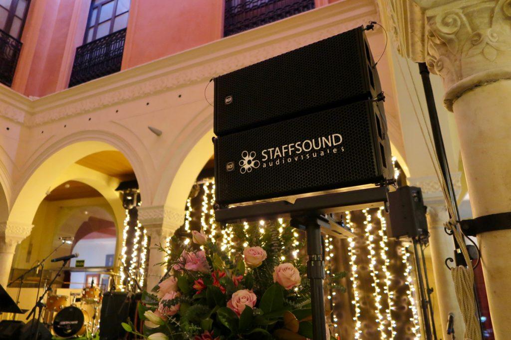 Empresa de alquiler y montaje de equipos de Sonido en Sevilla. para eventos y bodas